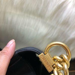 CHANEL Bags - Chanel Medium boy bag purse black